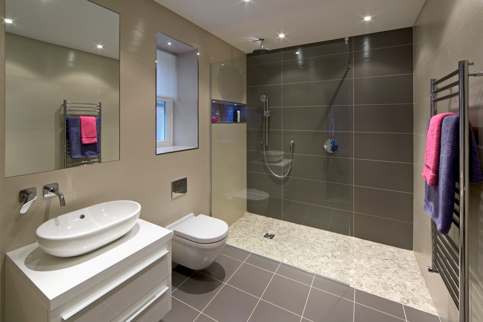 bathroom-modern-tiling