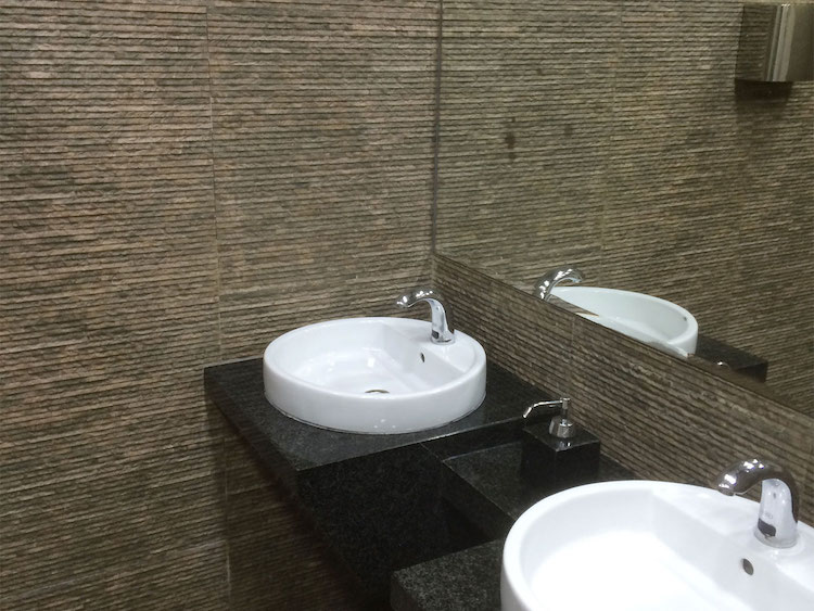 Feature Bathroom Wall Tiles