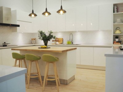 scandi kitchen backsplash